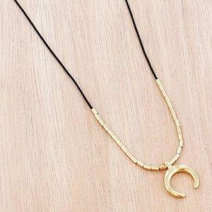Jewelry - Goldtone Crescent Moon Choker